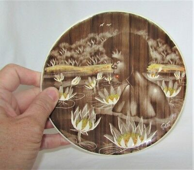Australian Pottery Gymea Plate Hand Etched Signed Rita Water Lily Roots