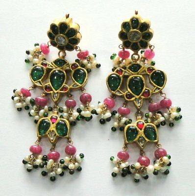 Vintage antique Solid 20k Gold jewelry Gemstones Earring Pair
