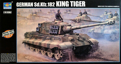 Sd.Kfz.182 King Tiger Henschel Turret Panzer 1:16 Model Kit Trumpeter 00910