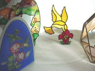 Vtg Suncatcher Mixed Lot of 4 Stained Glass Hummingbirds Butterfly Etched Shell