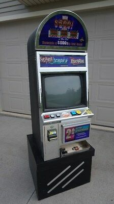 Poker Slot Machine Pick Up Only in Iowa with Working Monitor