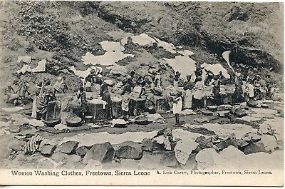 Carte Postale / Sierra Leone /  Women Washing Clothes Freetown
