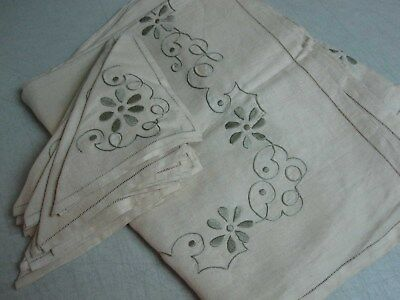 VTG BEIGE PURE LINEN TABLECLOTH w HAND EMBROIDERED FLOWER 65x102 w 11 NAPKINS