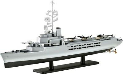 French Helicopter Carrier JEANNE d'ARC R97 1/1200 scale skill 2 Revell kit#5896