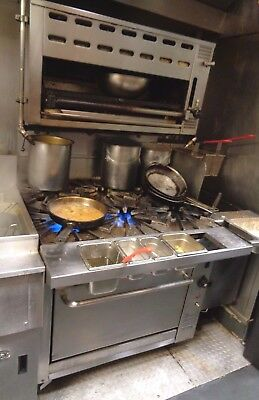 Montague Vectaire 6 Burner Gas Stove Oven and Salamander Broiler