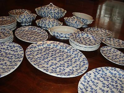 Antique Victoria Child's Toy Doll Dinner Service Set Daisy Pattern Blue 1890