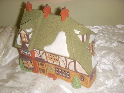 dept 56 DICKENS VILLAGE SERIES THE MERMAID FISH SHOPPE  #5926-9