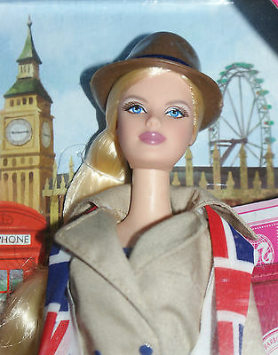 UK, United Kingdom Barbie 2013, NRFB, Dolls of the World