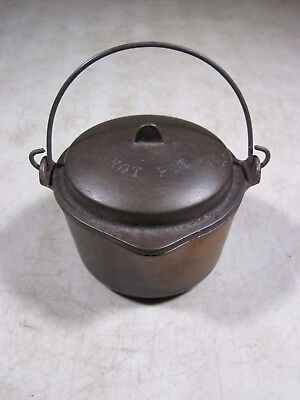 Small Antique Wagner Ware Sidney 1364 Cast Iron Hot Pot With Lid USA