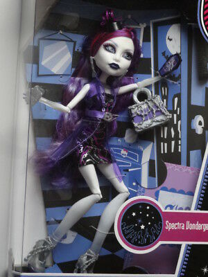 Monster High Spectra Vondergeist Ghoul's Night Out Doll In Box