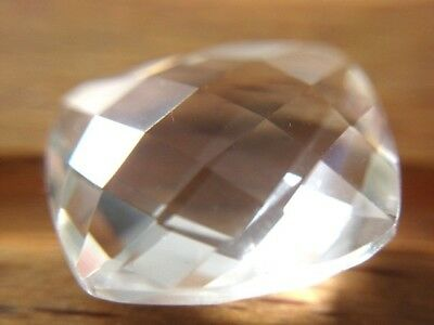 KRISTALLQUARZ  -  CUSHION CHECKERBOARD  -  12x10 mm  -  4,37 ct.