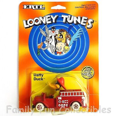 LOONEY TUNES~1988 Ertl Diecast Vehicle~Daffy Duck~Fire Engine Truck Toy~A~MOC