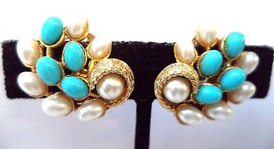 """Stunning Vintage Estate Signed Art Faux Pearl Beaded Clip 1"""" Earrings!! 7972P"""