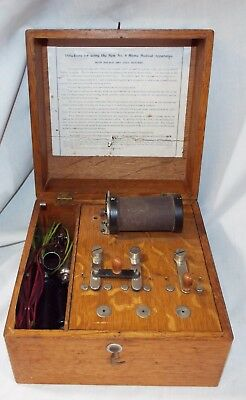 Old Antique No. 6 HOME MEDICAL APPARATUS Electropathic QUACK MACHINE Oak Box
