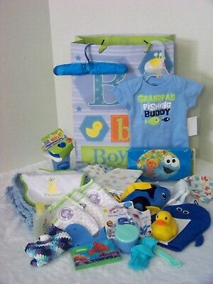 Baby Boy Gift Bag of Shower Gifts (001)