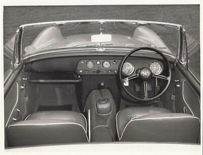 Mg Midget Manual Transmission & Dashboard, Period Photograph, With B.m.c. Stamp