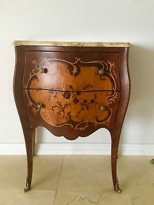 ANTIQUE STYLE SMALL ACCENT CONSOLE TABLE w MARBLE TOP-BRASS ACCENTS-VERY NICE