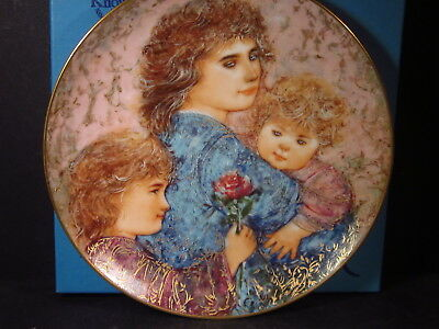 Knowles 1990 ELIZABETH JORDAN AND JANIE Ltd Ed Plate  Box & COA