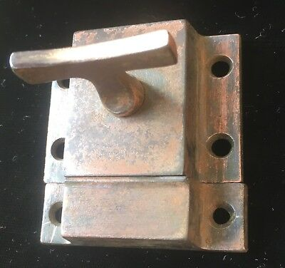 Antique CAST IRON ART CRAFT VICTORIAN CABINET CUPBOARD DOOR LATCH LOCK W Keeper