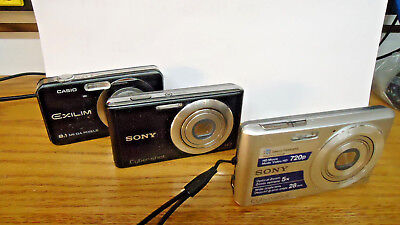 Lot of 3 Assorted Digital Cameras   AS IS for parts