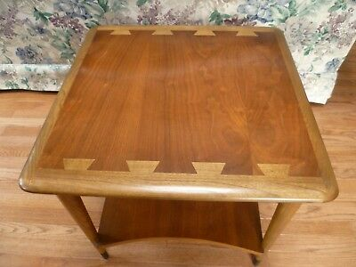 Vintage Md Century Modern Lane Acclaim End Table  Style #900-06
