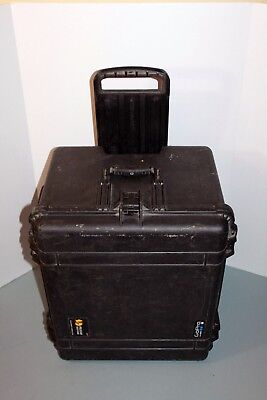 Pelican 1620 Case w Built in Wheels and Fold Down Handles