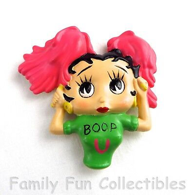 BETTY BOOP~1990s Vandor~Fridge Magnet~Teen Set~Cheerleader Doll Figure~NEW NOS