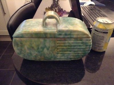 Beswick lidded trinket box model 170 in generally great condition