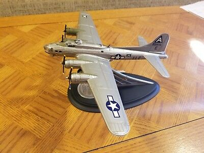 Die Cast B-17G Flying Fortress 1989 Franklin Mint Model 1:96 Scale