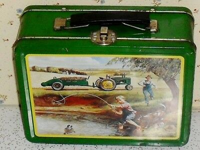 John Deere Turtle Trouble metal lunchbox 22002