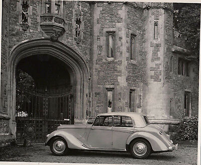 "Armstrong Siddeley ""lancaster"" 4 Door, 6 Light Saloon Period Photograph."