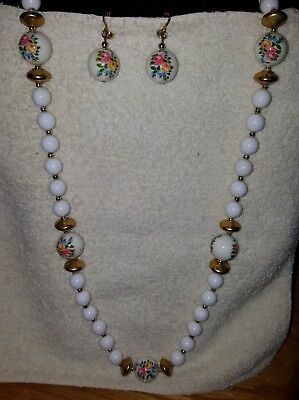Vintage White Chunky PInk Floral Goldtone Spacers Bead Necklace w/Clip Earrings