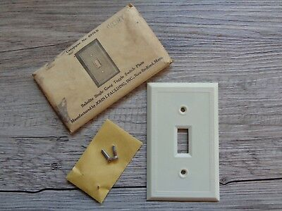 Vtg NOS Paulding Bakelite Single Gang Toggle Light Switch Plate Cover Ivory
