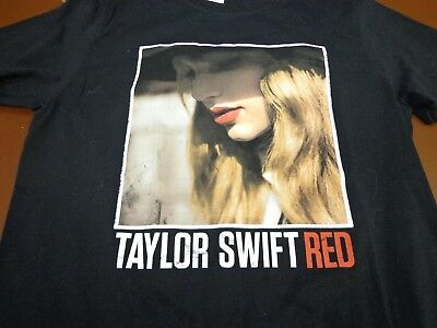 Taylor Swift Red T Shirt Black Size Medium Red Concert Tour Tee    P8