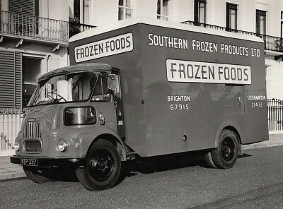 Morris Van. Sign Written For Sothern Frozen Products Ltd, Period Photograph.