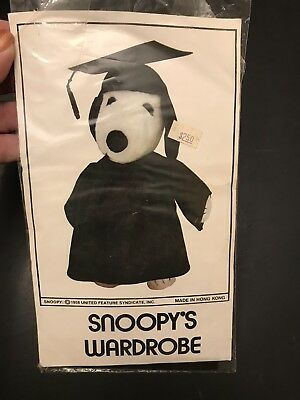 Peanuts Snoopy's  Wardrobe GRADUATION Outfit Clothes