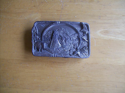 1983 Siskiyou Tribute To The Native American Indian Belt Buckle L27 Tepees