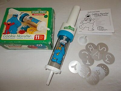 Hamilton Beach Sesame Street themed Cookie Monster battery cookie press tool