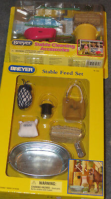 Breyer Horse Lovers Christmas  Stable Feed + Cleaning sets - Barn accessories
