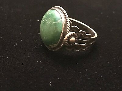 Vintage NAVAJO STERLING SILVER & Round Dark Green TURQUOISE Carved 925 Size 4.75