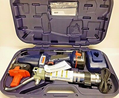 NEW LINCOLN 1444  14.4 Volt  Cordless Grease Gun Kit W/ 2 Batteries charger case