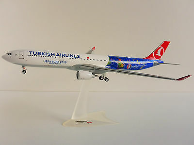 Airbus A330-200 TURKISH AIRLINES 1/200 Herpa 558105 A330 UEFA EURO 2016 FRANCE