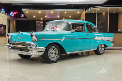 1957 Chevrolet Bel Air/150/210  Frame Off Restored! Built Chevy Small Block V8, 4-Speed Manual, PS, PB, Disc