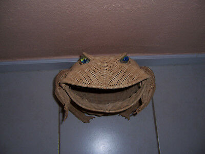 "Vintage Wicker Rattan 16"" FROG Basket with Large Marble Eyes"