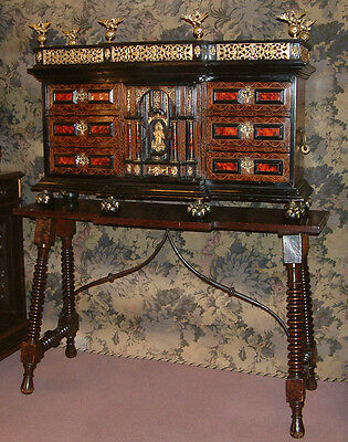 A fine 17th Century Baroque Cabinet on stand, Monetiere, Vargueno.