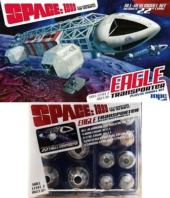 Moonbase Alpha Space: 1999 EAGLE + Deluxe Accessory Pack Set 1:48 MPC Model Kit