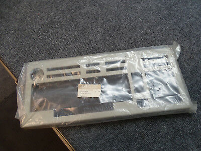 Brand New Hewlett-Packard Agilent (HP) 5041-3438 - Bezel for Keyboard