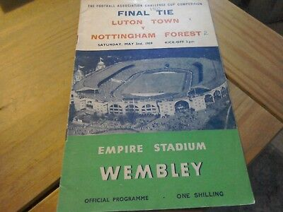 Luton Town v Nottingham Forest  FA Cup Final Football Programme 2/5/1959.