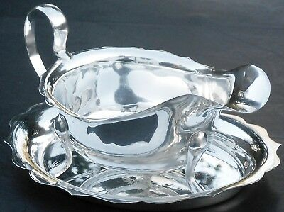 Gravy / Sauce Boat With Underplate - Viners Of Sheffield - Silver Plated Vintage