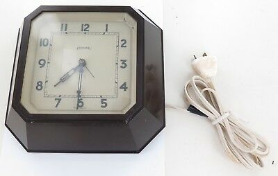 c1930's A GOOD FERRANTI ELECTRIC BAKELITE WALL CLOCK, WORKING.
